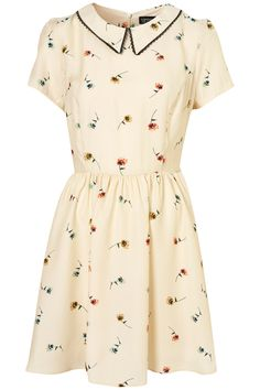 Cutesy Pansy Print Collar Dress