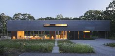 The Pryor Residence is a vacation home designed by Bates Masi Architects for a couple with two young boys in Montauk, New York. The home features distant views of the ocean and was built for Residential Architecture, Interior Architecture, Contemporary Architecture, Interior Design, Container Architecture, Great Rooms, Luxury Homes, New York, House Design
