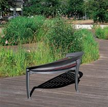 Public bench / contemporary / cast iron / in wood