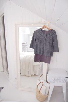 Cómo Elegir un Espejo de Pared para tu Dormitorio