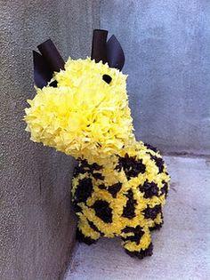 giraff pinata, safari birthday, birthday parties, safari parti, birthdays, 1st birthday, giraff birthday, parti idea, giraffes