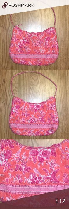 Vera Bradley Retired Hope Toile Small Purse Vera Bradley retired Hope Toile small purse. Features a front pocket, inside zip close compartment, and top zip closure. Vera Bradley Bags Clutches & Wristlets