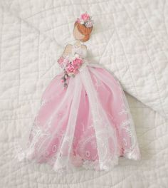 Handmade Beautiful Prima Embroider Lace Princess Dress Paper Doll by Becky Paper Doll Craft, Prima Paper Dolls, Prima Doll Stamps, Doll Crafts, Paper Crafts, Dress Card, Embroidered Lace, Paper Piecing, Art Dolls