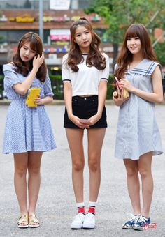 Yerin, Sowon and Yuju Basic Outfits, Kpop Outfits, Cute Outfits, Japanese Fashion, Japanese Girl, Kpop Fashion, Korean Fashion, Kpop Costume, Gfriend Sowon