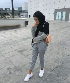 Fun and modest outfit idea Street Hijab Fashion, Muslim Fashion, Modest Fashion, Fashion Outfits, Modest Outfits Muslim, Hijab Style, Casual Hijab Outfit, Hijab Fashion Inspiration, Mode Hijab