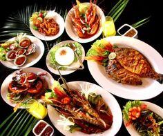 Indonesian Rijsttafel - Food Service/Presentation Idea