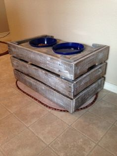 Pallet wood Dog Bowl Stand | Do It Yourself Home Projects from Ana White Pallet Wood, Wood Pallets, Wood Dog Bowl Stand, Dog Accessories, Accessories Online, Dog Food Bowls, Crazy Dog Lady, Dog Feeder, Animal Projects