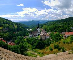 Spania Dolina, Slovakia Places To Visit, Mountains, Mansions, House Styles, Nature, Travel, Naturaleza, Viajes, Manor Houses