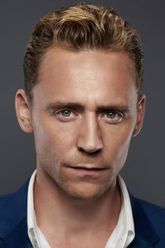 Tom Hiddleston. The Night Manager promotional cast photos. More resolution: http://ww4.sinaimg.cn/large/6e14d388gw1f07ejhnnydj20zk0nrdj3.jpg More photos (source): http://graymindlove.tumblr.com/post/137744459110/the-night-manager-promotional-cast-photos-x