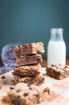 These Almond Butter Chocolate Chip Cookie Bars are VEGAN, gluten free, and super easy to bake! Perfect for breakfast and dessert! Butter Chocolate Chip Cookies, Almond Cookies, How To Become Vegan, Almond Butter, Sweets, Baking, Breakfast, Desserts, Veganism