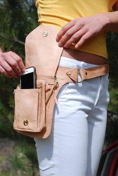 Bolso de la correa de cuero bolsa de cadera bolso de la Leather Fanny Pack, Leather Belt Bag, Leather Chain, Leather Purses, Leather Workshop, Hip Bag, Leather Projects, Leather Accessories, Leather Working