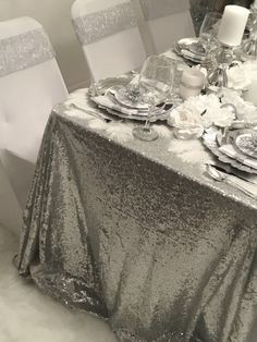 Diamant du Parris Inc. Christmas Mom, Christmas Wishes, Christmas And New Year, Christmas Table Settings, Christmas Centerpieces, Christmas Decorations, Diamond Party, Denim And Diamonds, New Year 2018