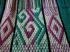 Uurarum - Tejidos Artesanales: morrales y bolsos Inkle Loom, Band, Friendship Bracelets, Weaving, Blanket, Tattoos, Fashion, Vestidos, Knit Bag