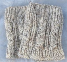 Knit Boot Cuff Leg Warmers Chunky Leg warmers Oatmeal by Sizana Knitted Boot Cuffs, Fingerless Gloves Knitted, Knit Boots, Wellies Boots, Handmade Accessories, Types Of Shoes, Leg Warmers, Baby Knitting, Legs