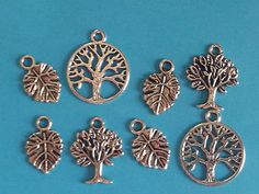 LoT Of 8 ~ TRee Of LiFe LeAVeS NaTuRe WiCCaN PaGaN WiTcH SiLvER ChArMs PeNdAnTs