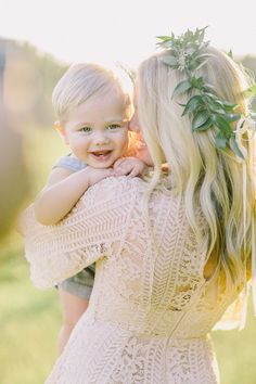 Mom And Baby Photography Discover Atlanta Family Photographer Family Photos With Baby, Outdoor Family Photos, Fall Family Pictures, Toddler Photos, Family Pics, Baby Family, Family Goals, Summer Family Photos, Baby Girl Pictures