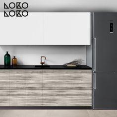 Redecora el frente de tu cocina con vinilo de texturas de madera · #lokolokodecora Doors, Home, Oak Tree, Flooring, Vinyls, Gate