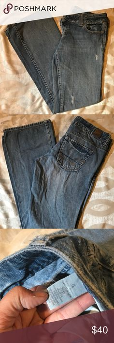 American Eagle EUC Distressed EUC. Distressed Look, very flattering. . Measurements approximately- W-30 L-37 Inseam-30 Rise-7 American Eagle Outfitters Jeans Boyfriend
