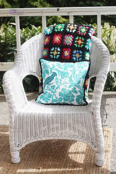 Spray painting wicker chairs!