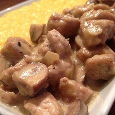 Polenta, Oatmeal, Chicken, Breakfast, Food, The Oatmeal, Morning Coffee, Rolled Oats, Eten