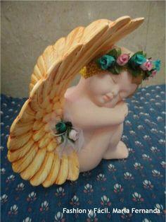 ceramica Ceramic Painting, Ceramic Art, Painted Ceramics, Ceramic Bisque, Porcelain, Ceramic Angels, Angel Decor, Angel Crafts, Angels In Heaven