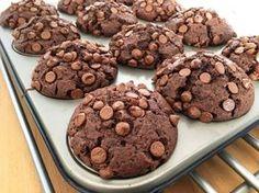 Post: Muffins de chocolate (tipo Starbucks®) --> bizcochos de chocolate, magdalenas de chocolate, magdalenas tipo starbucks, muffins de chocolate, Muffins de chocolate starbucks, muffins super jugosas, postres delikatissen, postres muffins caseros, recetas delikatissen, recetas faciles, recetas rápidas, chocolate muffins