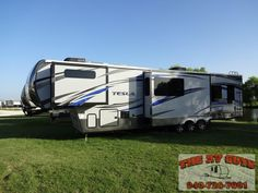 Play With Your Toys In Style!!2015 EverGreen Tesla T3970 5ZWFH1E35G1002571 - The RV Guy's - Valley View, Texas 76272