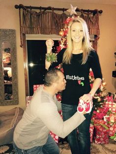 15 cute holiday pregnancy announcements
