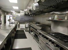 Google+ Restaurant Kitchen Design, Restaurant Interior Design, Interior Design Kitchen, Restaurant Ideas, Family Style Restaurants, Walk In Freezer, Commercial Kitchen Design, Cloud Kitchen, Kitchen World