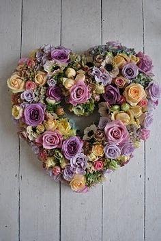 Rose heart wreath.  I love this!!!