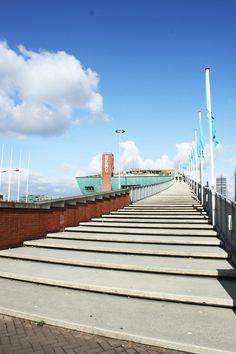 Nemo: Nederlands museum ontworpen door architect Renzo Piano