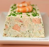Salmon terrine and shrimp - agnes dudziak - - Terrine de saumon et crevettes Salmon terrine and shrimp Salmon Terrine, Tapas, Seafood Recipes, Cooking Recipes, Salmon And Shrimp, Lemon Salmon, Salmon Avocado, Snacks, Gastronomia