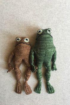 Hand Knitting, Knitting Patterns, Sewing Patterns, Crochet Patterns, Bear Patterns, Knitting Stitches, Doll Patterns, Knitting Yarn, Knitting Projects