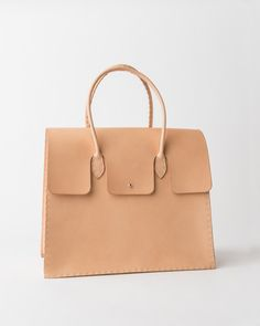 3814dc37fdbc 368 Best Bags. images   Beige tote bags, Leather purses, Bag Accessories