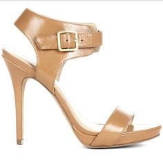 Loving these Summer Sandals <3
