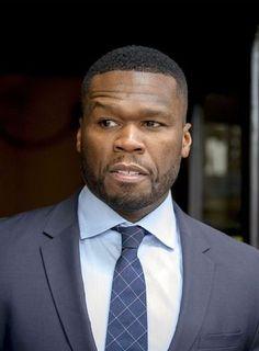 50 Cent vient d'apprendre qu'il était père d'un troisième fils  La famille de 50 Cent s'agrandit. Le rappeur américain aurait découvert il y a quelques jours qu'il était père d'un troisième garçon.