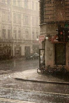 I love rain photography & rain pouring. There is something so magical about it!