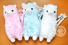 Une trousse à stylo en peluche très kawaii et trèèèèès doux en forme d'un petit lama super mignon(♡^x^♡) - boutique kawaii en ligne chezfee.com