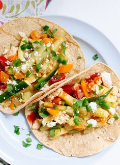 Simple, healthy and delicious veggie breakfast tacos!