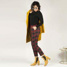 Botines de color ocre con elástico y tacón alto cuadrado. Pants, Fashion, Templates, Winter, Colors, Women, Trouser Pants, Moda, Trousers