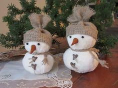 Snowmen , Christmas Ornament , Rustic Style  Christmas  Snowmen - set of 2.