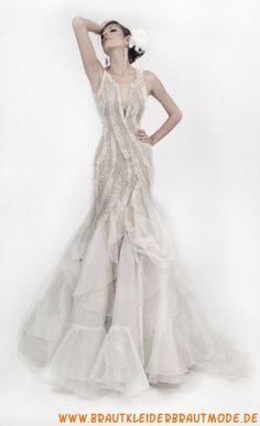 Zauberhafte luxuriöse Brautmode aus Tüll V-Ausschnitt