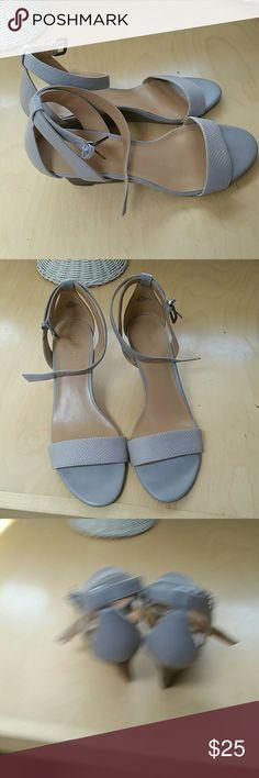 Nine West ankle strap sandals Pretty neutral single footstep ankles trap low wedges. Versatile Nine West Shoes Sandals