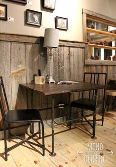 15 Trendy home remodeling rustic barn wood Rustic Chair, Rustic Walls, Rustic Barn, Rustic Wood, Rustic Decor, Barn Wood Walls, Timber Walls, Country Decor, Rustic Wainscoting