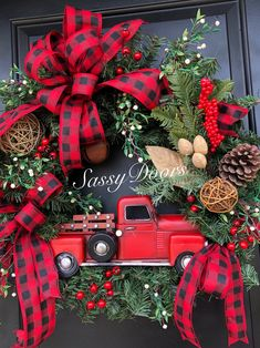 Red Truck Wreath, Red Truck Christmas Wreath, Rustic Christmas Wreath, Woodland … - Tips Woodland Christmas, Rustic Christmas, Christmas Crafts, Christmas Ornaments, Ornaments Ideas, Christmas Lanterns, Homemade Christmas Wreaths, Holiday Wreaths, Advent