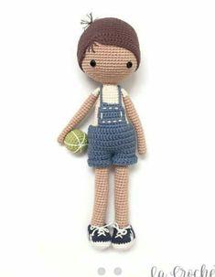 Crochet Doll Dress, Crochet Doll Clothes, Crochet Doll Pattern, Doll Patterns Free, Free Pattern, Easy Crochet, Knit Crochet, Doll Hair, Amigurumi Doll