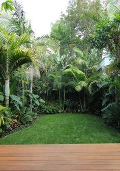 Small Tropical Gardens, Tropical Garden Design, Zen Garden Design, Cottage Garden Design, Landscape Design, Tropical Backyard Landscaping, Landscaping Tips, Saint Claude, English Garden Design
