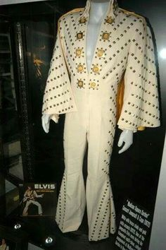 The White Pyramid jumpsuit & cape. Worn during the spring tour of 1972, and seen briefly in Elvis On Tour, but not filmed on stage. It was also worn during the August - September 1972 Las Vegas engagement.