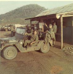 Gun Jeep Escort