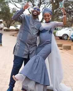 A Gorgeous Wedding With The Bride In Shweshwe Design South African Traditional Dresses, African Traditional Wedding, Stylish Dresses, Fashion Dresses, Men's Fashion, Xhosa Attire, African Wedding Dress, Wedding Dresses, Shweshwe Dresses